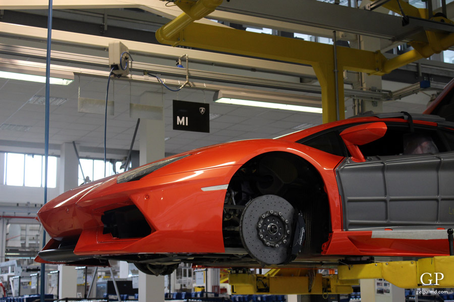 Inside The Lamborghini Factory Making Of Aventador Factory Tour