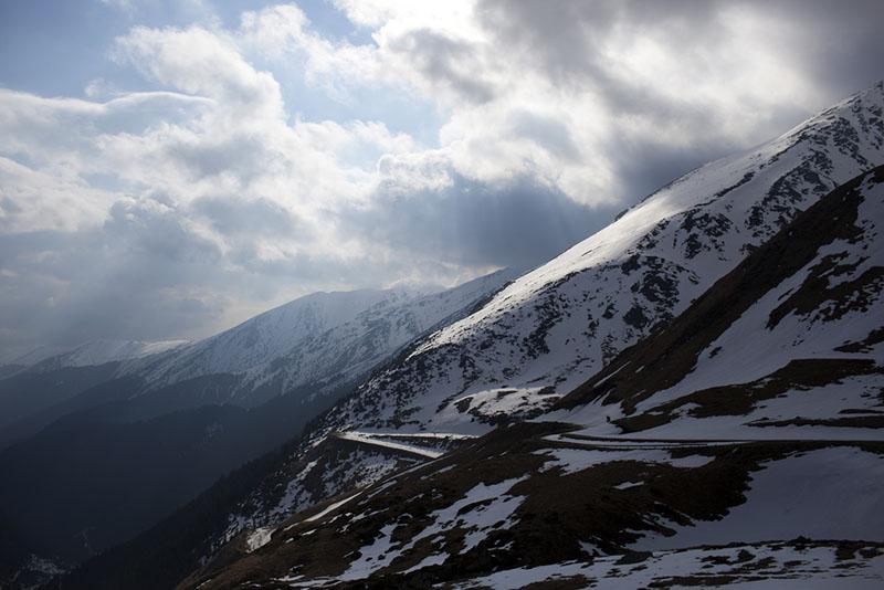 Transfagarasan snow