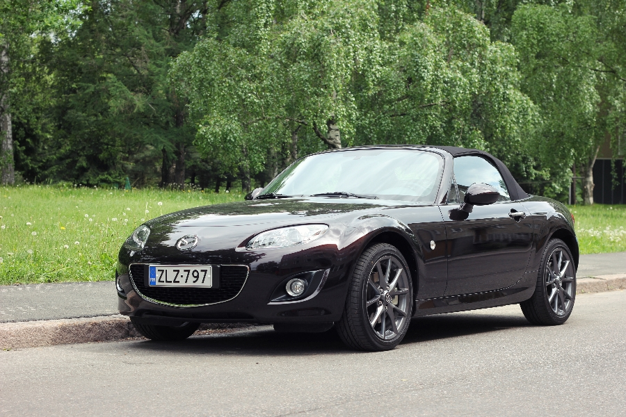 https://www.getpalmd.com/wp-content/uploads/2014/02/Mazda-MX5-Roadster-2012.jpg