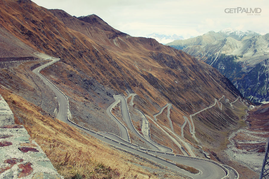 Stelvio hairpin corners