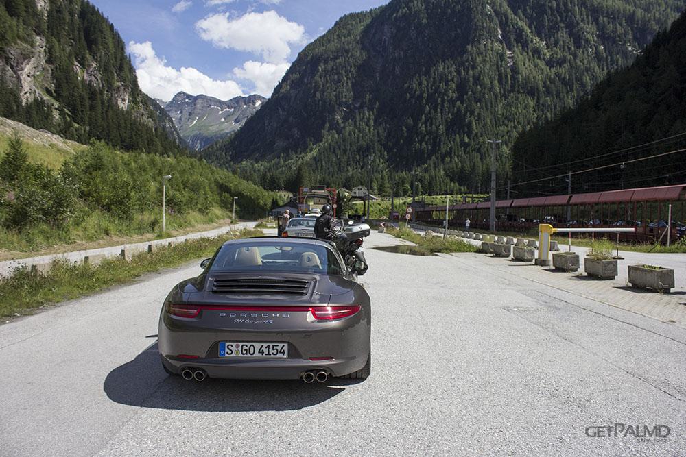 Porsche 911 Targa Train