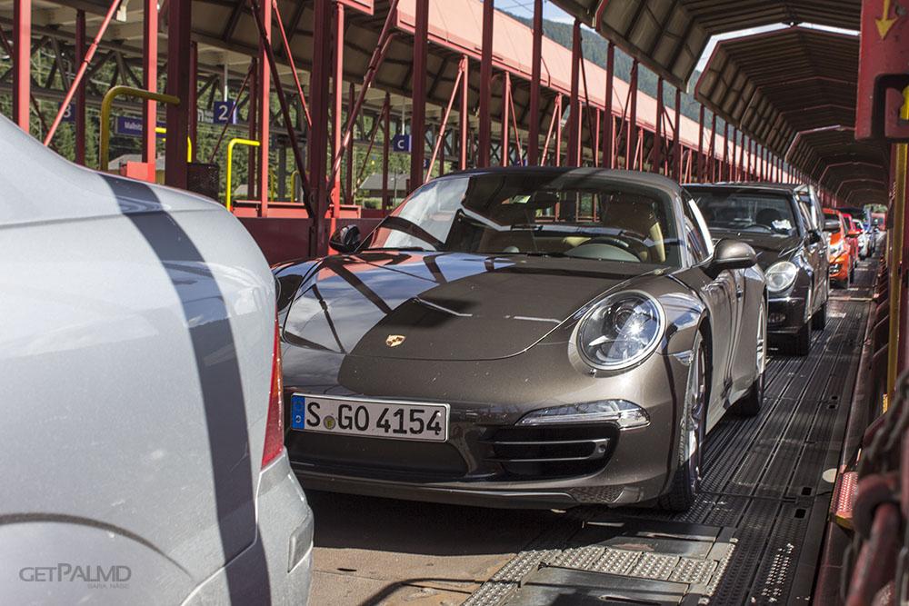 Porsche car train Austria