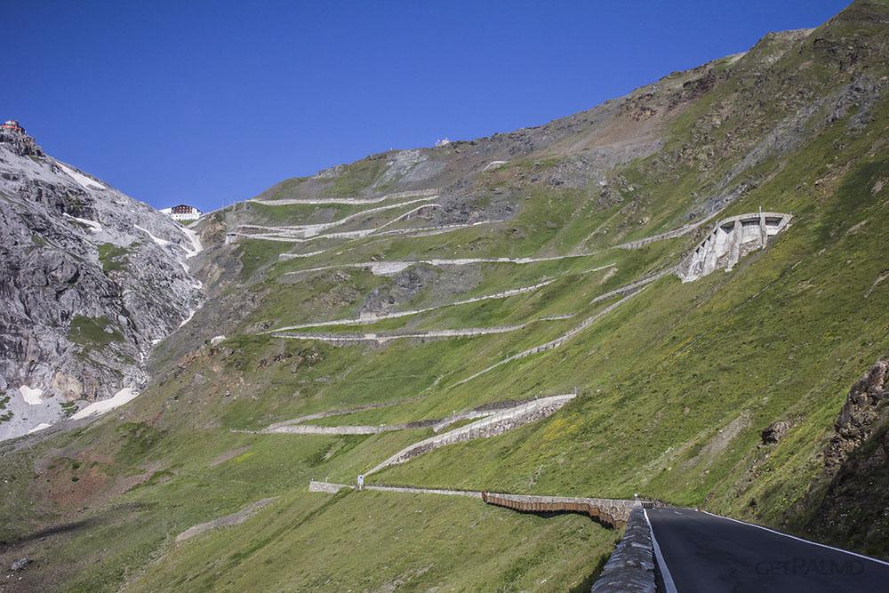 Sunrise Race On Stelvio Pass See A Beautiful Driving Road Wake Up