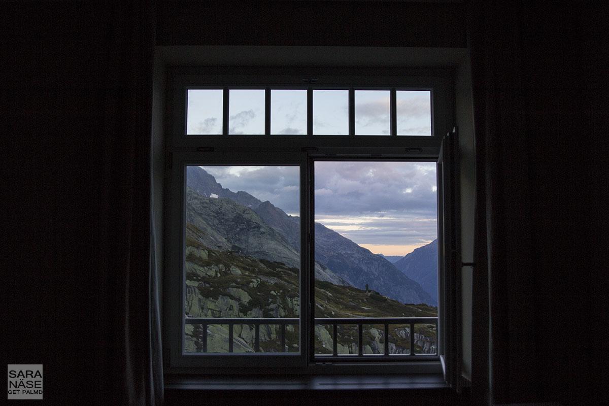 Grimsel Hospiz room view