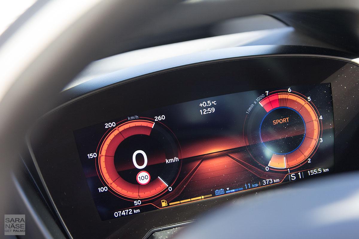 BMW-i8-sport-mode