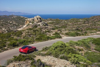 Jaguar F-Type Coupe V8