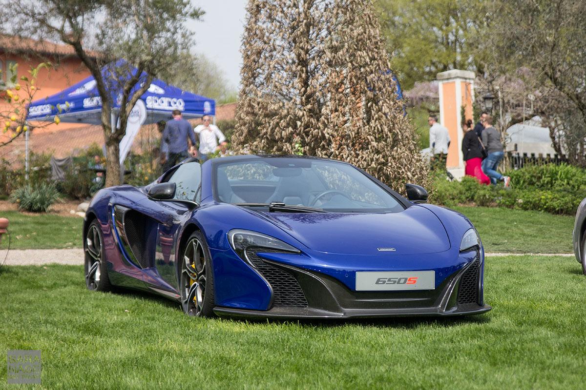 Blue McLaren 650S Cars Coffee Italy