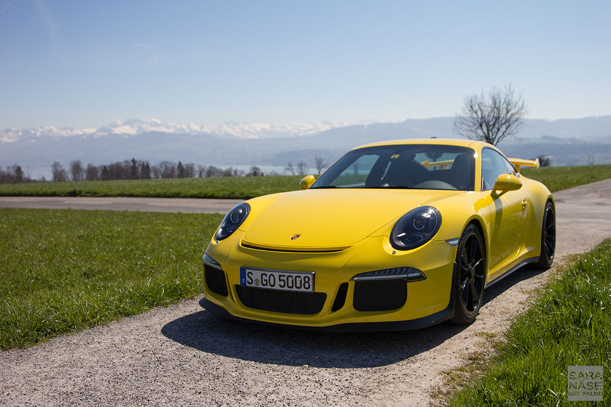Gt3tour Meet The Racing Yellow Porsche 911 991 Gt3