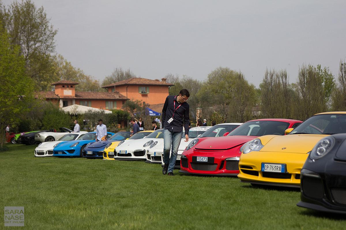 Porsche line Cars Coffee Brescia
