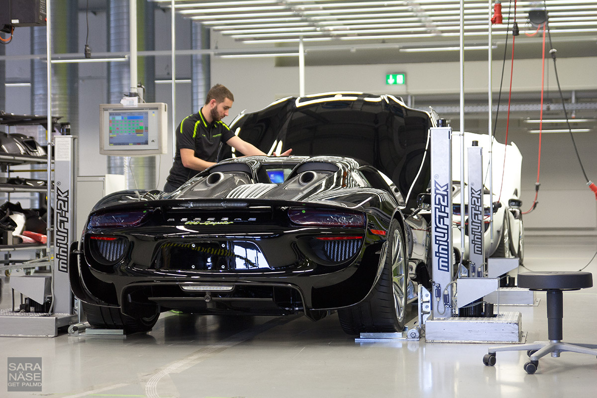 100 Stuttgart Porsche Factory The 918 Spyder Lounge Of The Porsche Factory In
