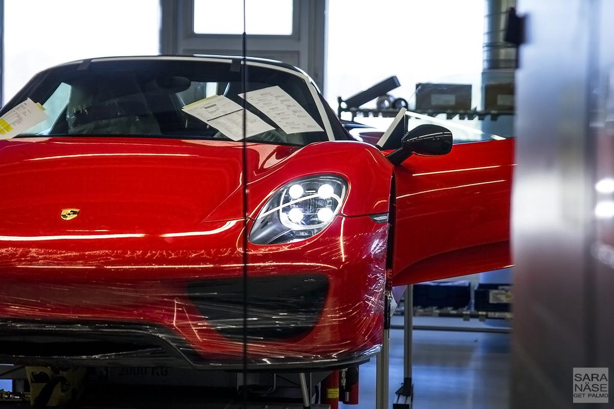Red 918 Spyder