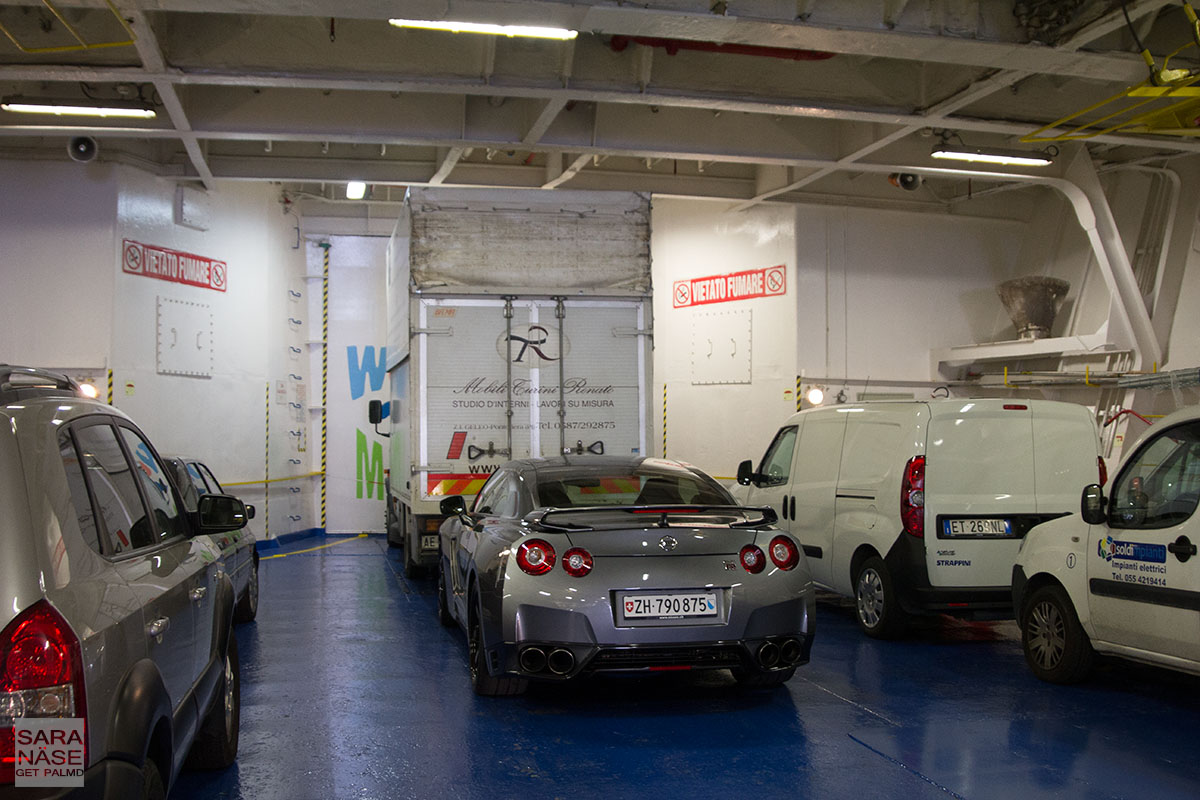 Nissan GT-R car ferry