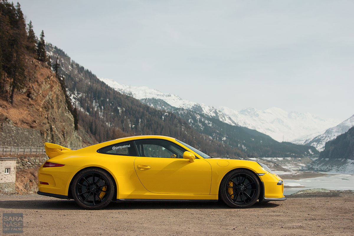 JulierPass Porsche