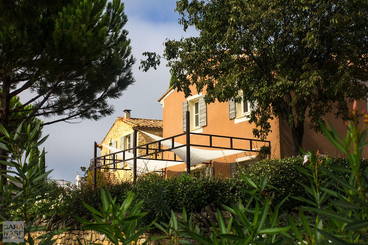 La Coquillade houses