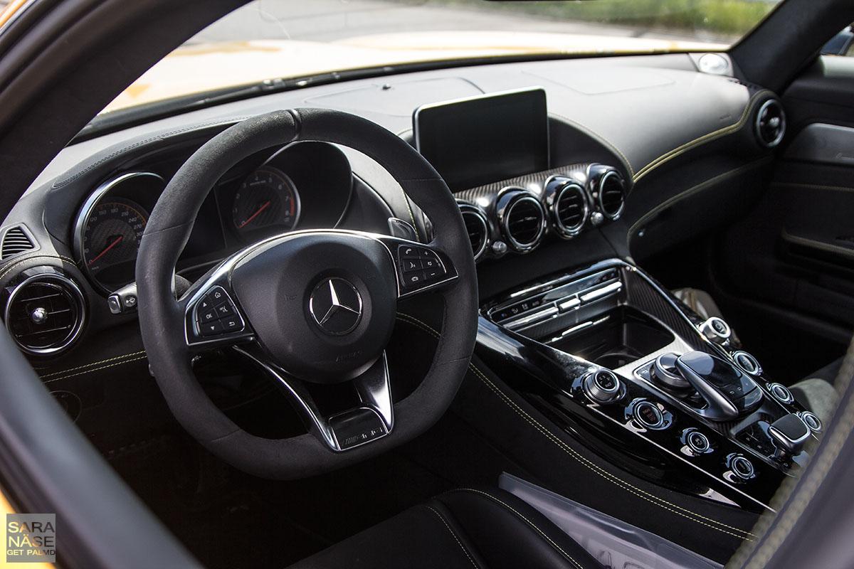 Mercedes-AMG GTS 13