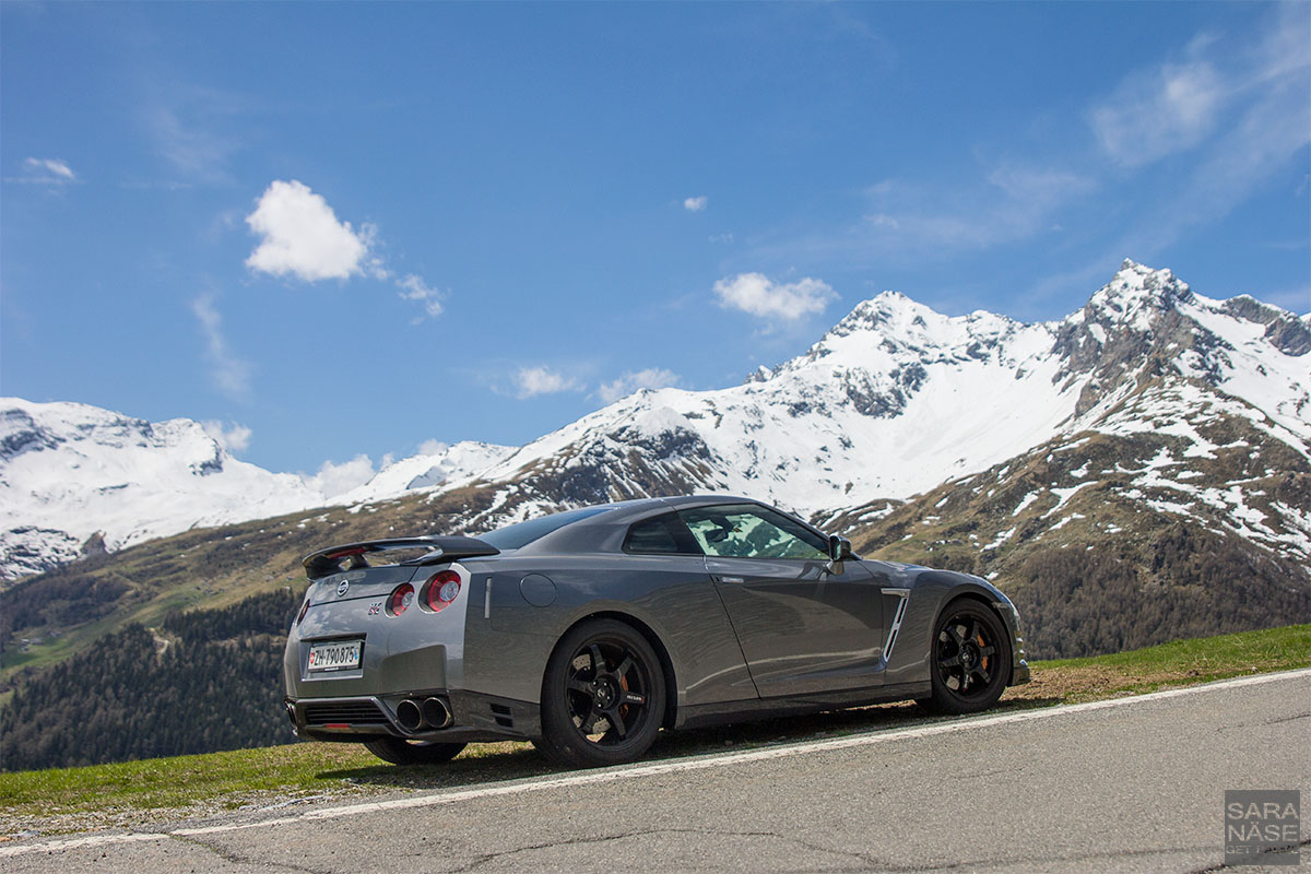 Alpine Nissan GTR