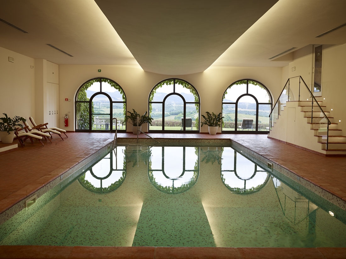 Hotel Le Fontanelle indoor pool