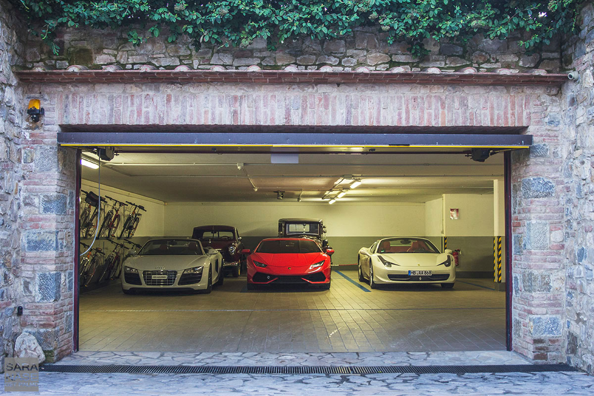 Le Fontanelle garage