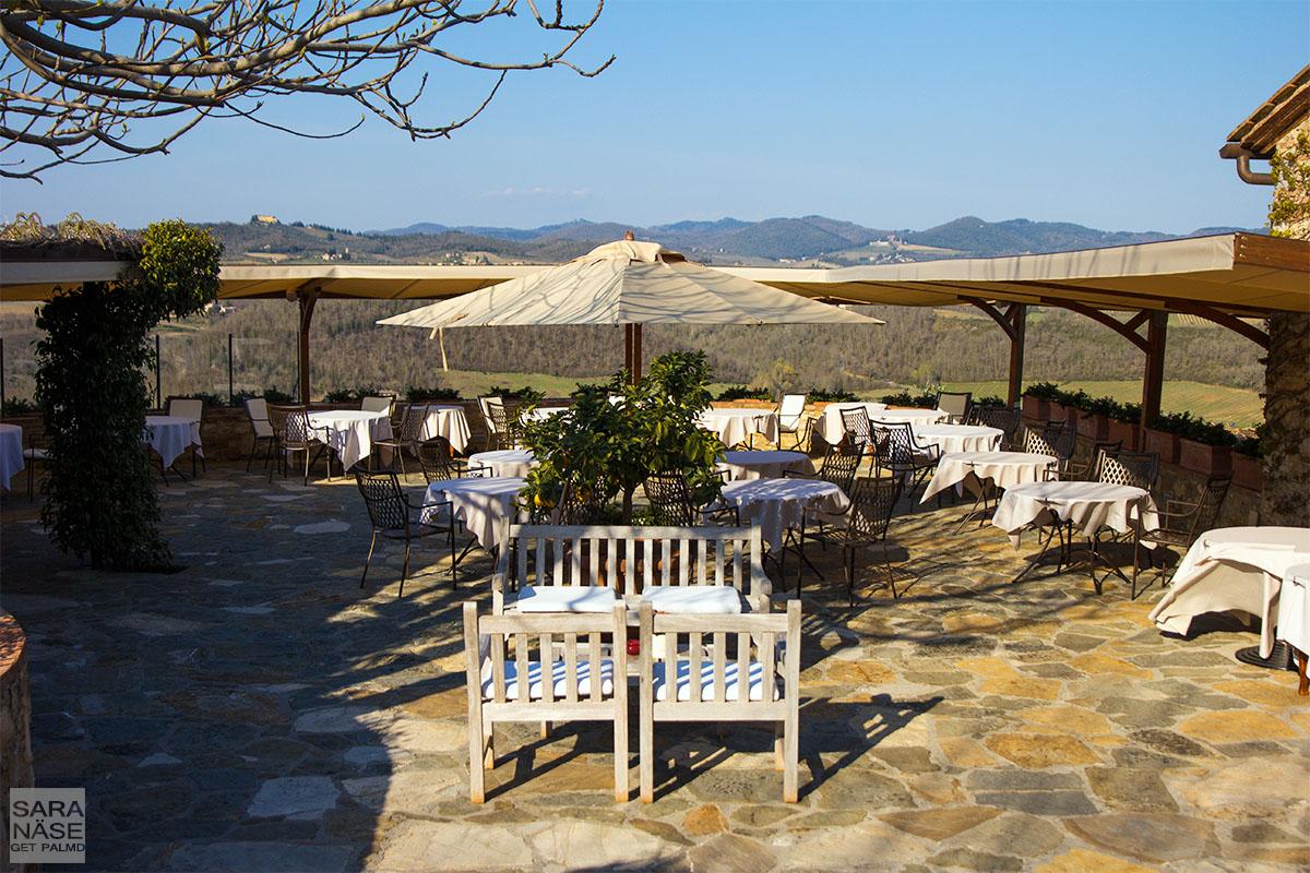 Le Fontanelle terrace