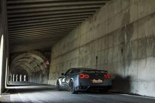 Nissan GTR Splugen tunnel