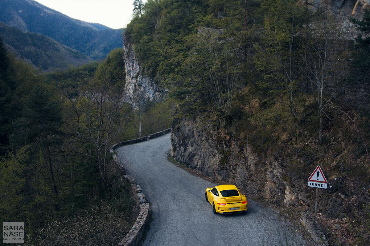 Porsche 911 GT3 tunnel