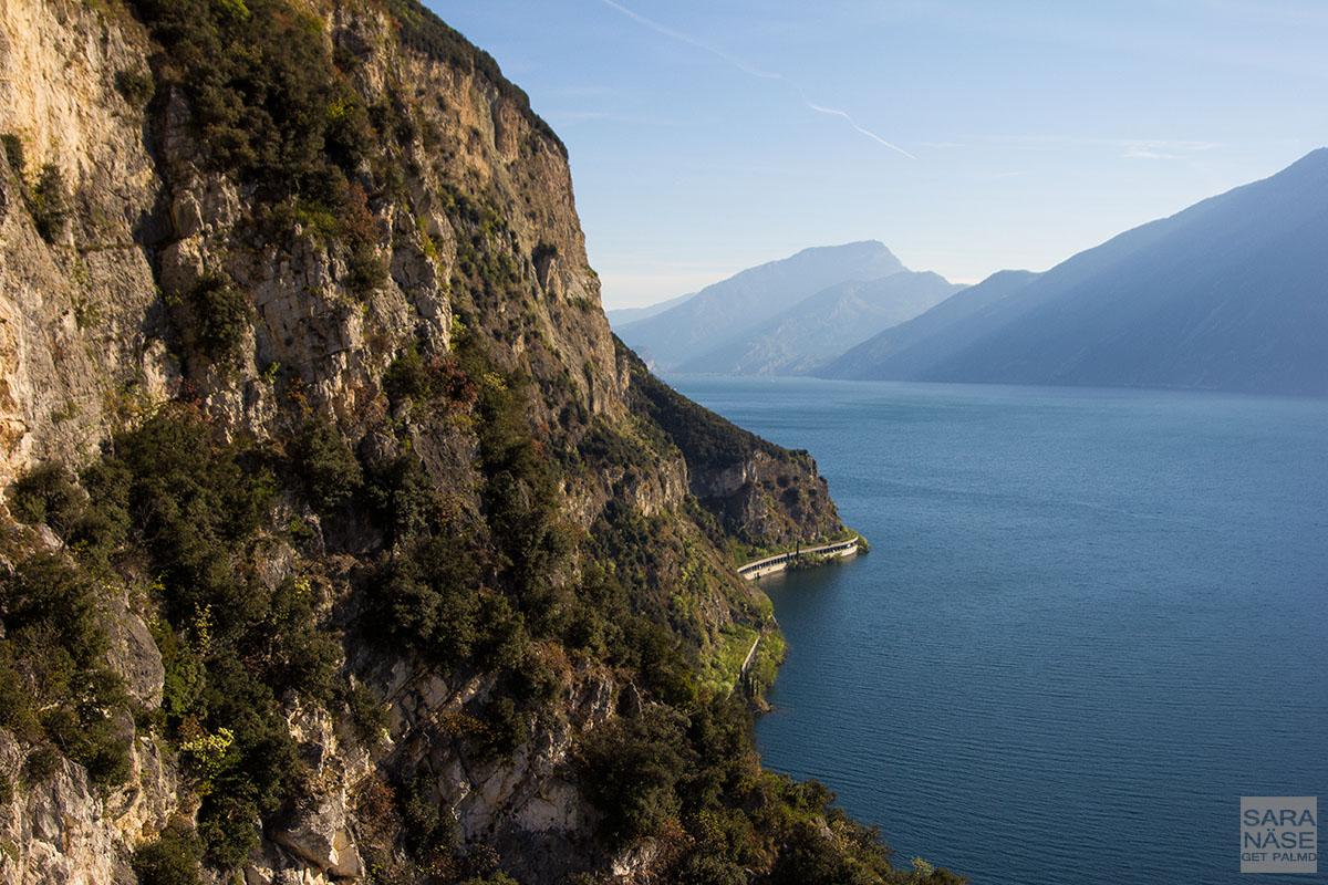 Lake road Garda
