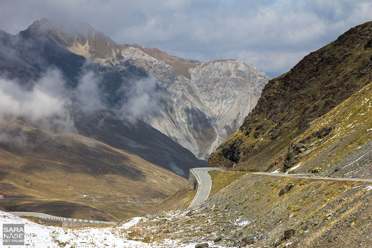 Passo Stelvio corner