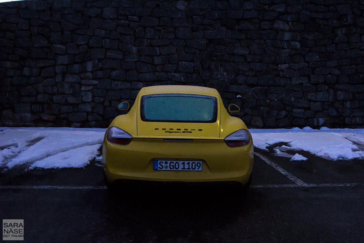 Porsche Cayman wake up