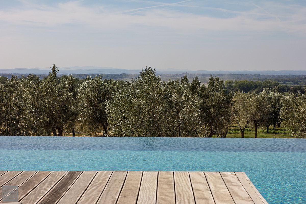 Mas Lazuli pool view