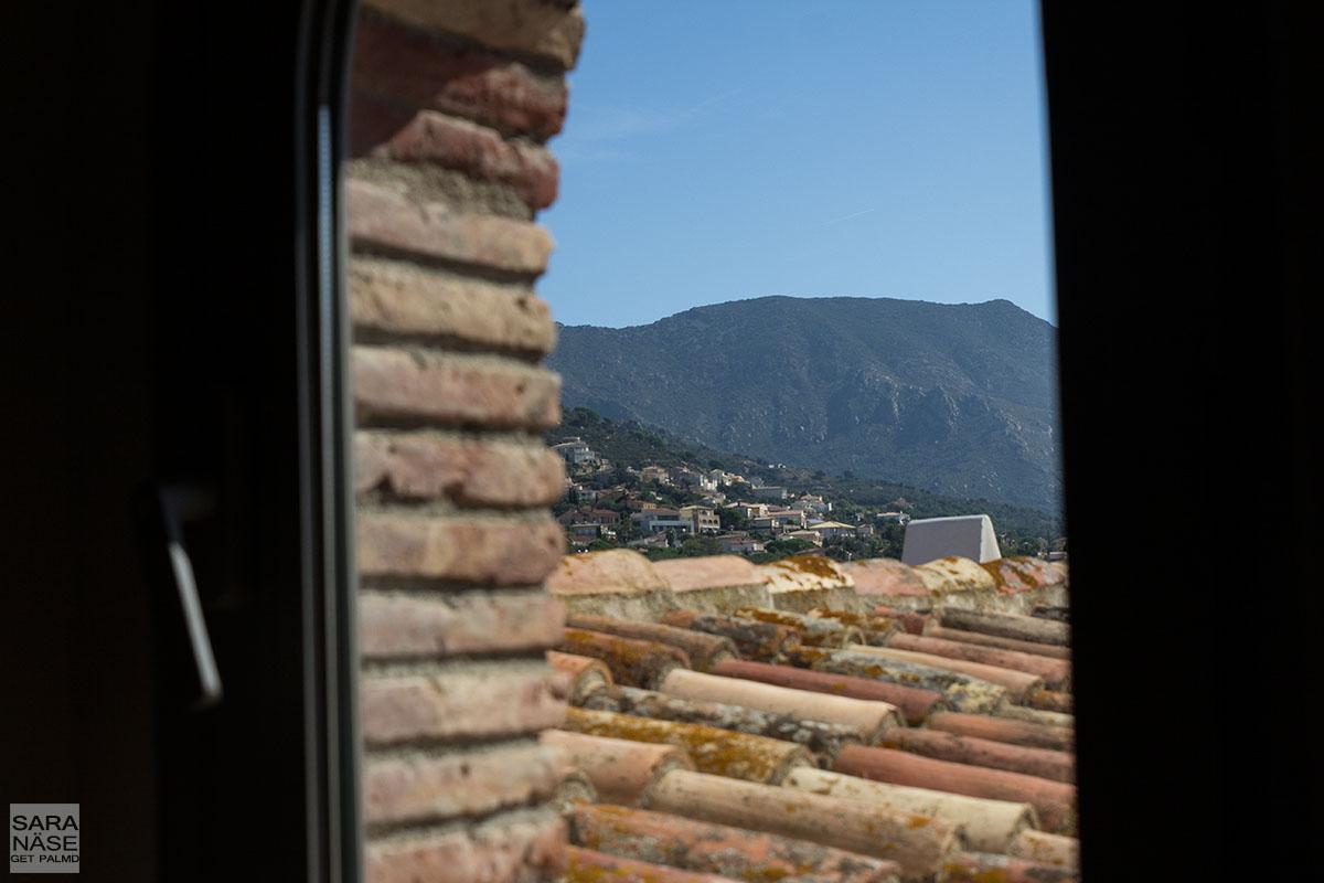 Mas Lazuli village view
