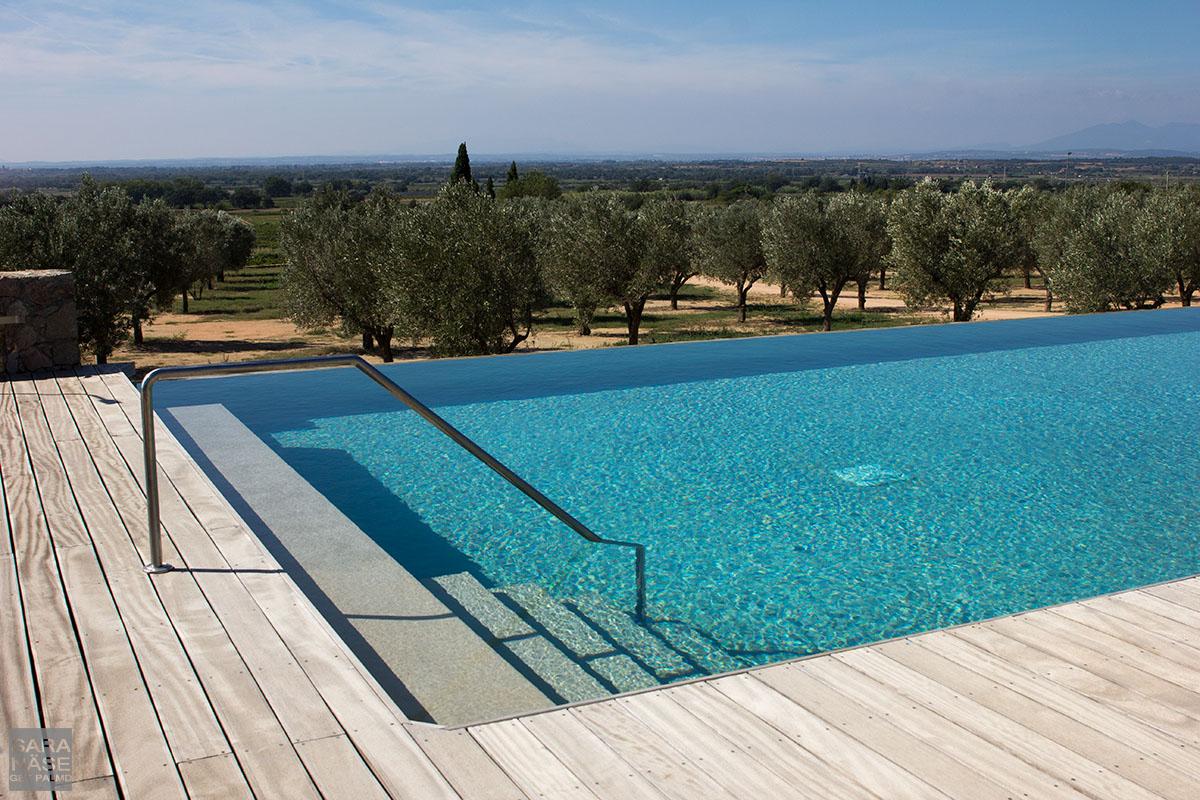 Swimming pool Mas Lazuli