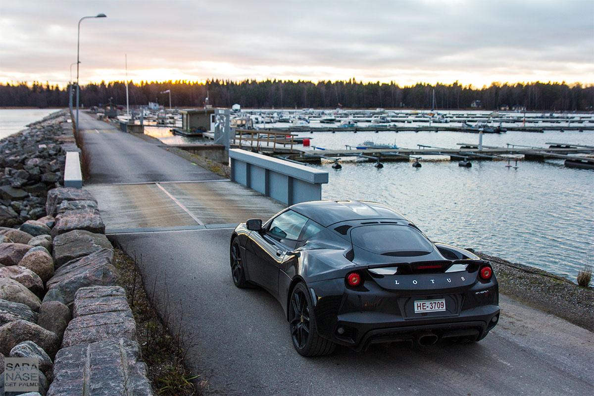Black Lotus Evora 400
