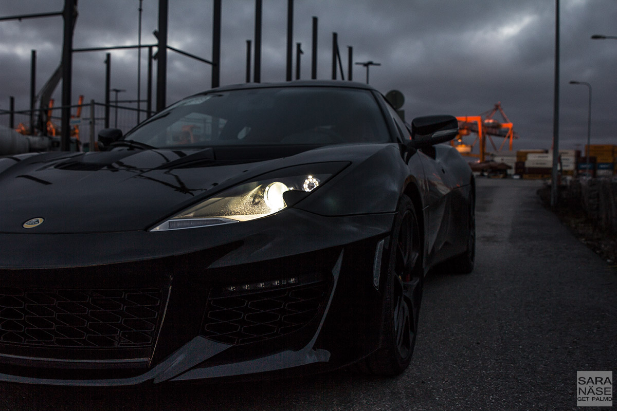 Lotus-Evora-400-black-front
