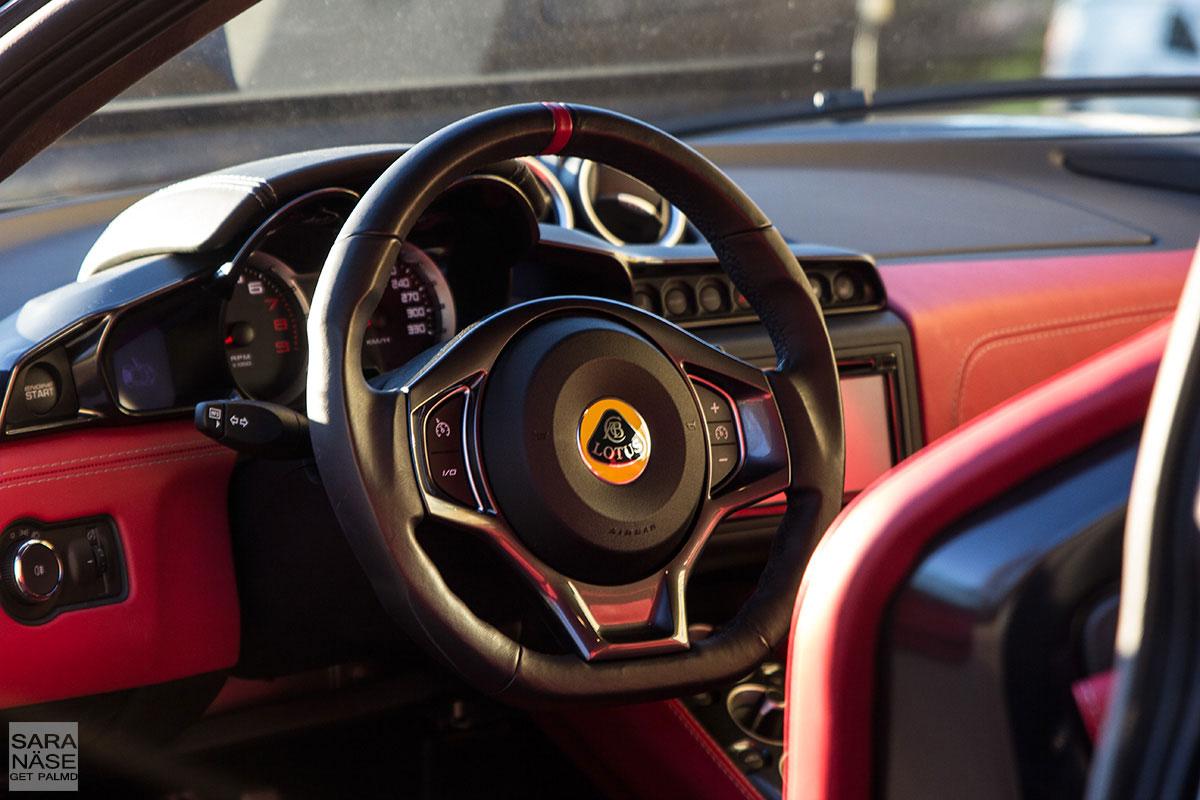 Lotus-Evora-400-interior
