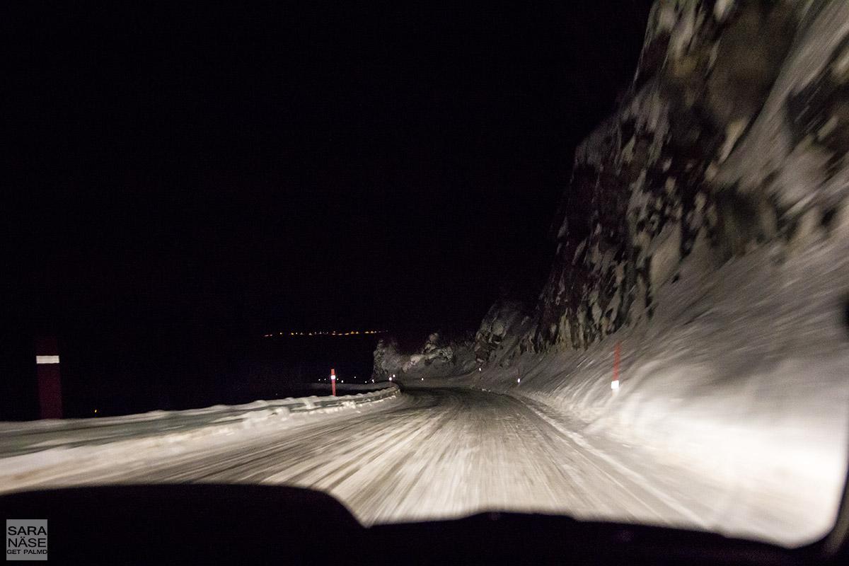 Road to Oksfjord