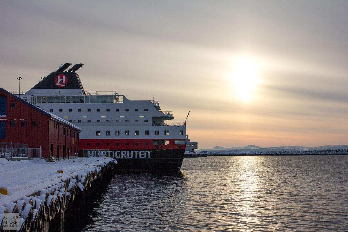 Hurtigruten-Honningsvag-winter