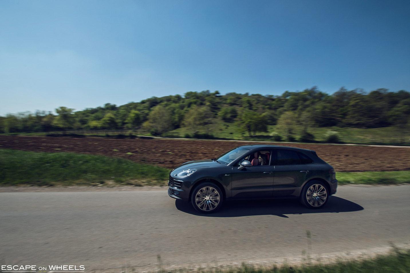 Porsche-Macan-S-Italy