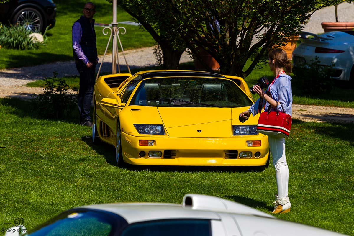 Sara-yellow-Lamborghini