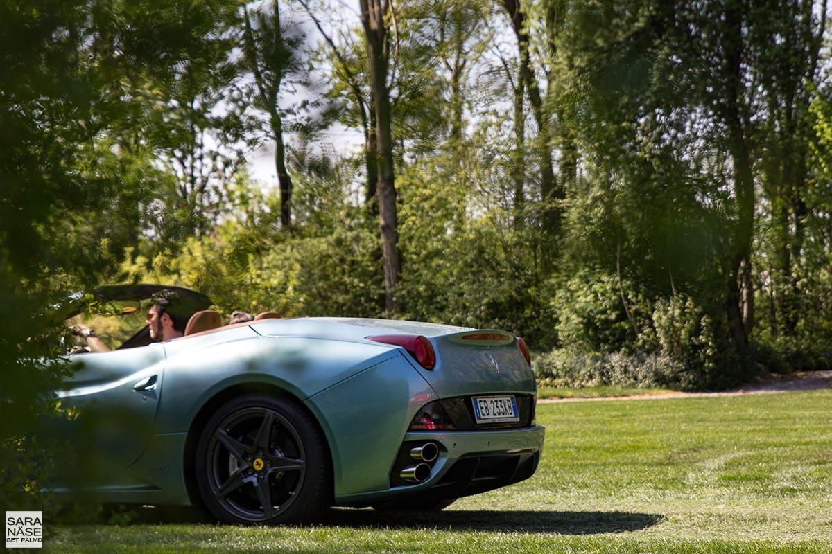 Ferrari-California-rear