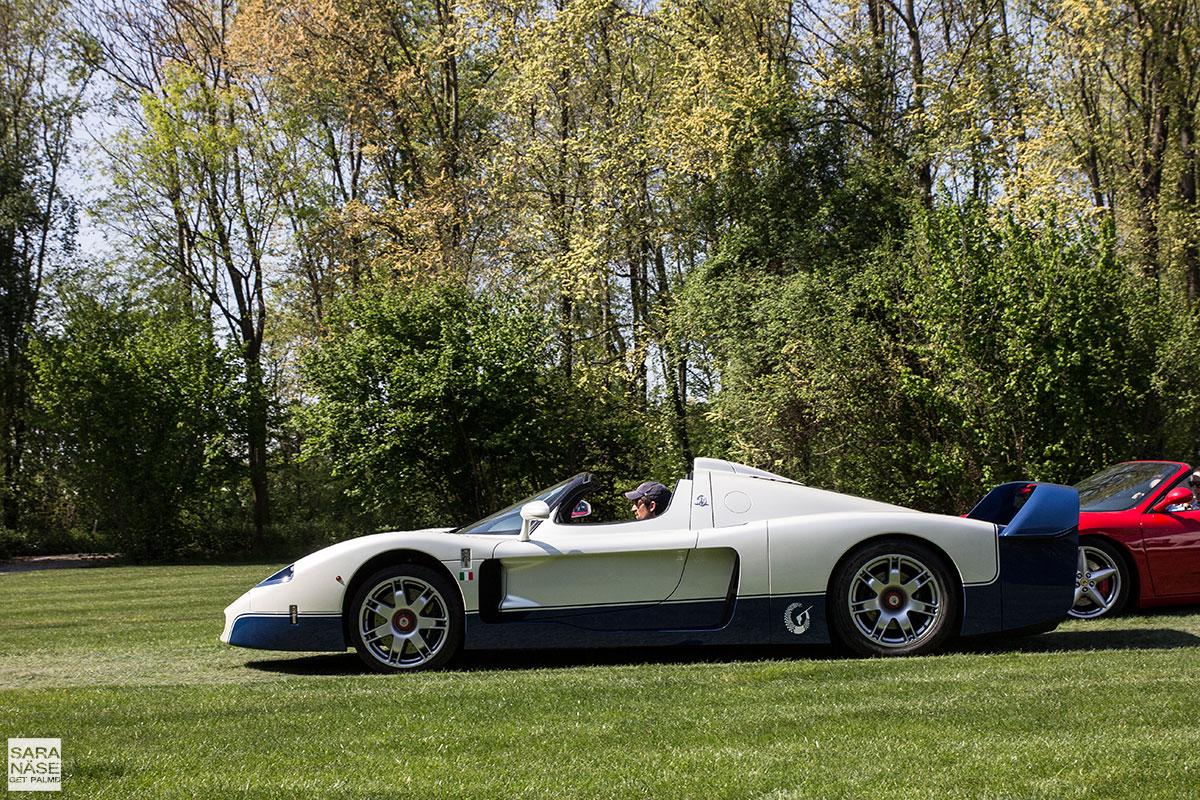 Maserati-MC12-profile