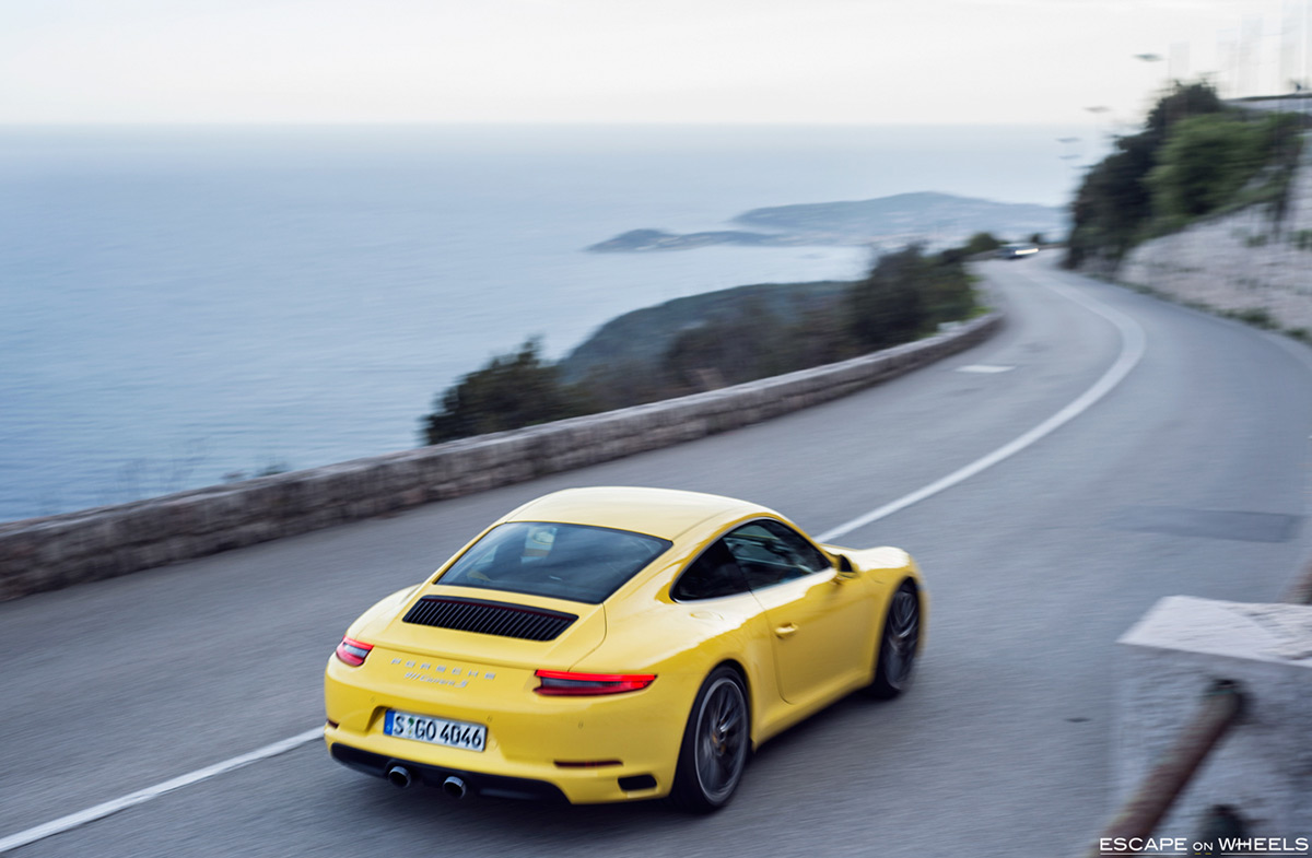 Porsche-991-2-Carrera-S-yellow-03