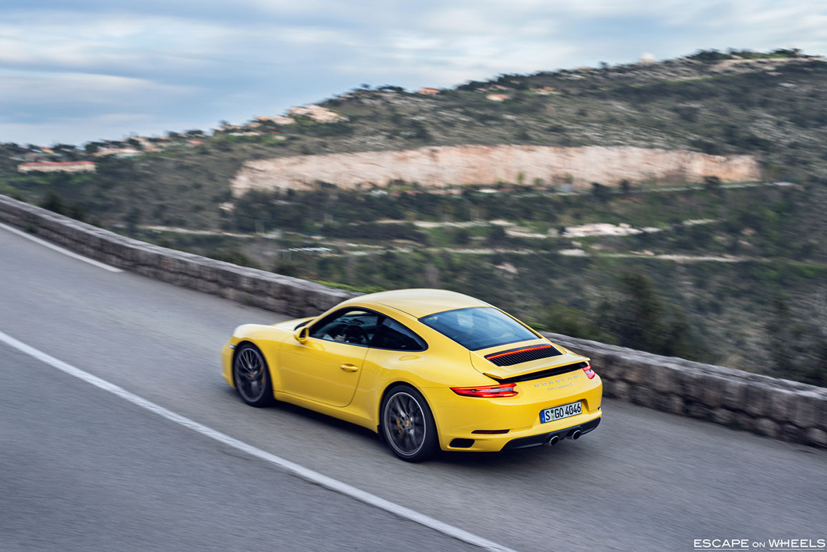 Porsche-991-2-Carrera-S-yellow-15