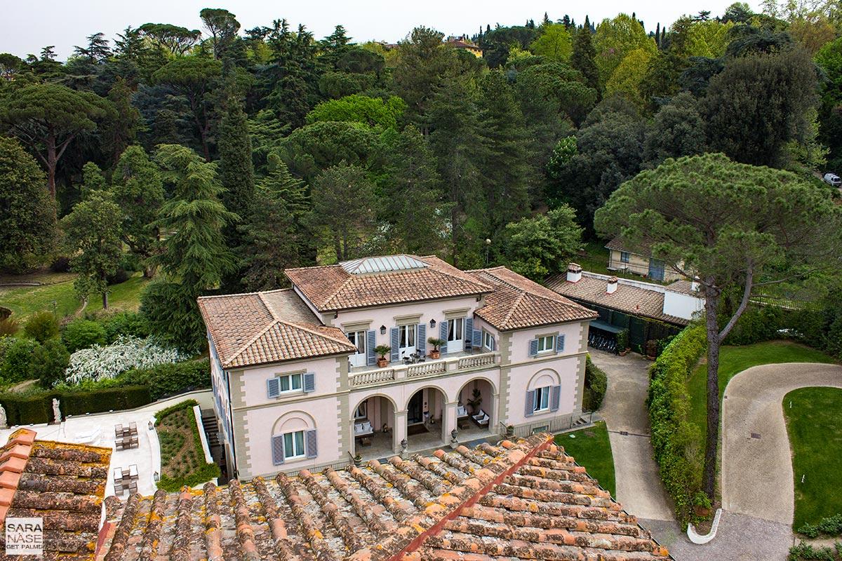 5 tuscany for 5 porsche villa cora florence for Villas firenze
