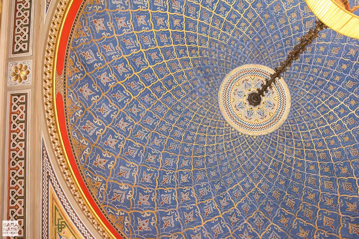 Villa Cora roof details