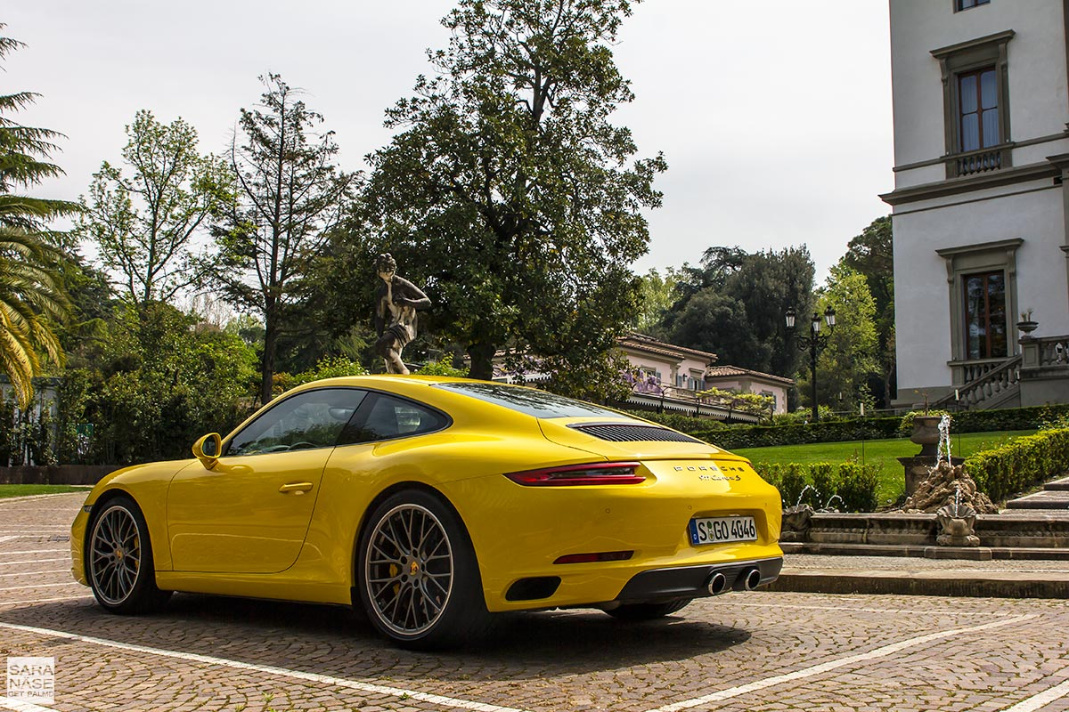 Yellow Porsche 991 Carrera S