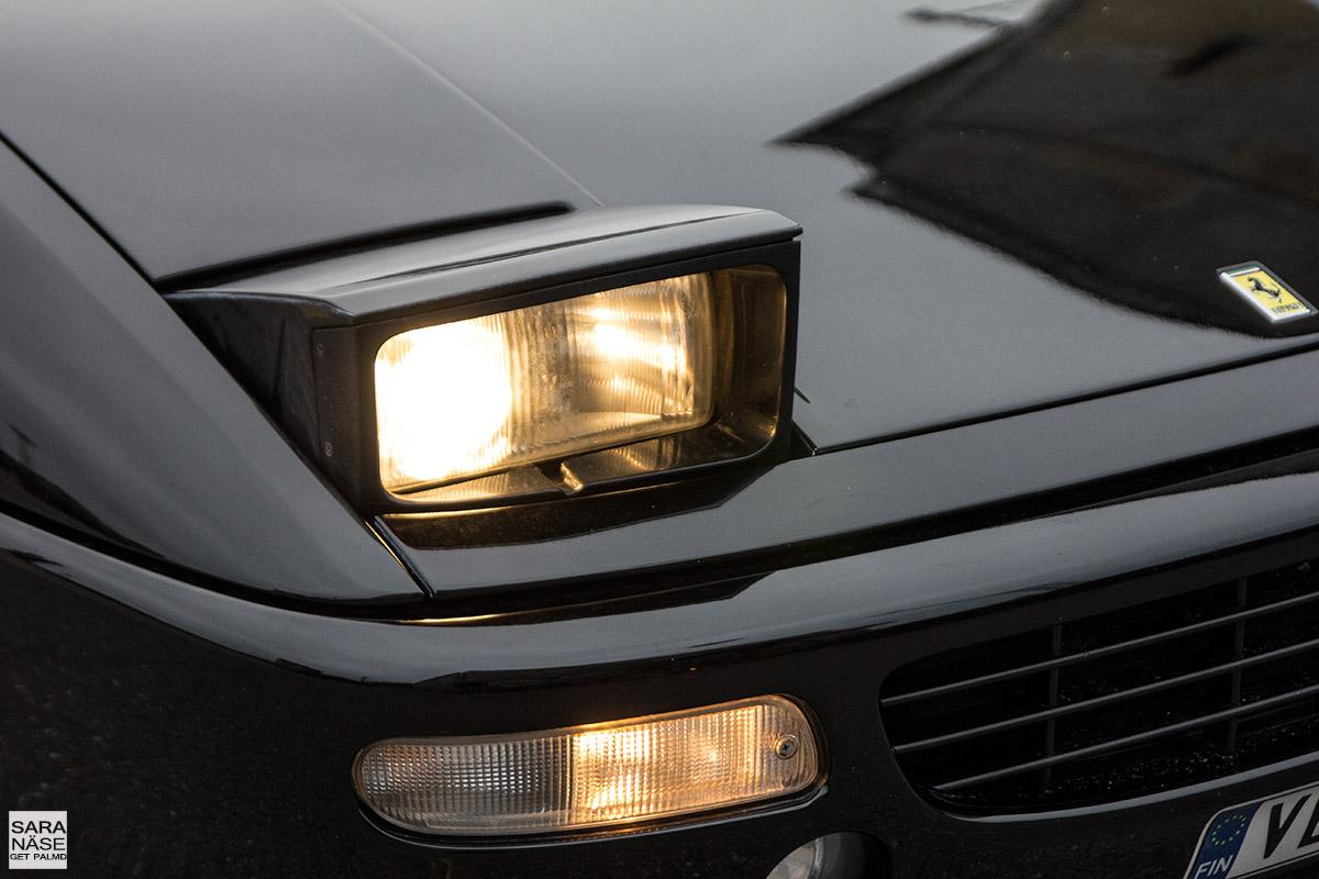 Ferrari F355 berlinetta pop up headlights