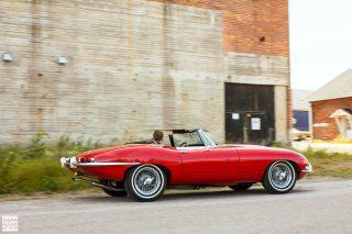 Jaguar-E-Type-Series-1-002-01