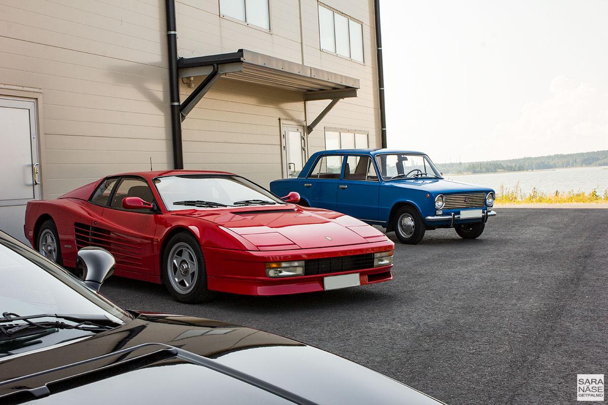 Ferrari Testarossa - Lada 1200