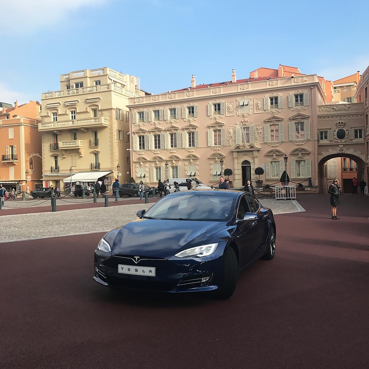 Monaco International Motor Show 2017 - Tesla Model S P100D