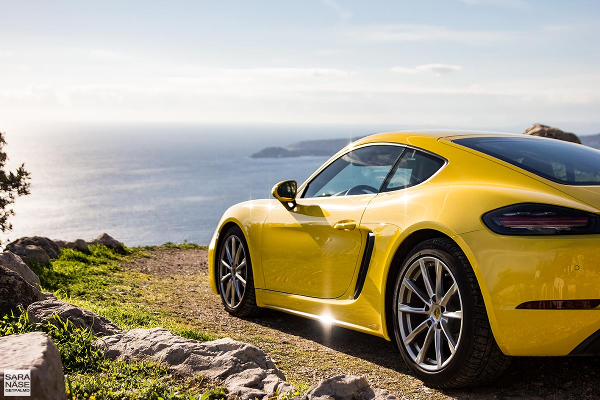 first drive porsche 718 cayman racing yellow in south of france. Black Bedroom Furniture Sets. Home Design Ideas